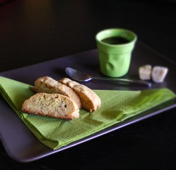 Walnut pepper biscotti